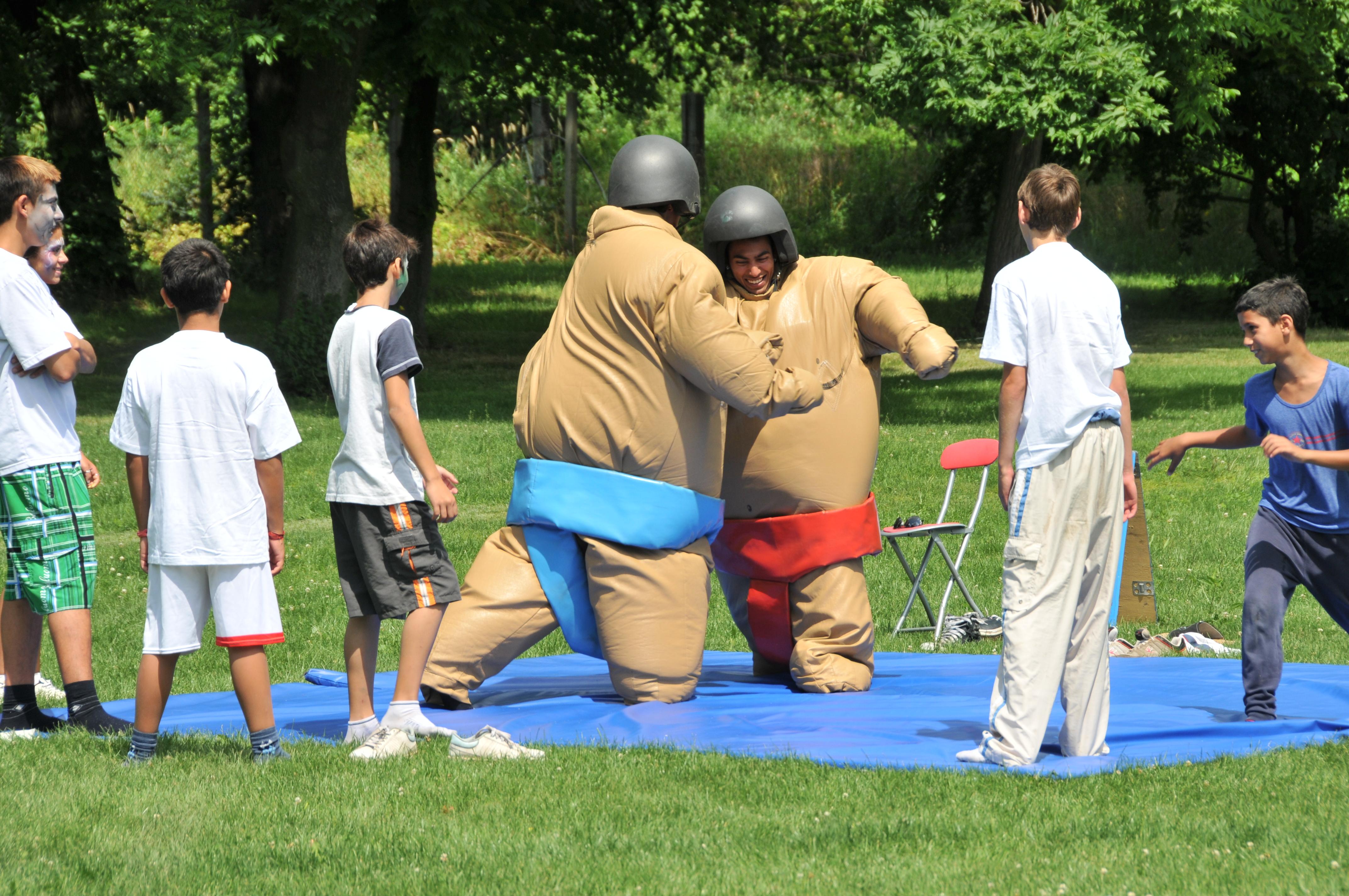 Dětský domov-atrakce-sumo